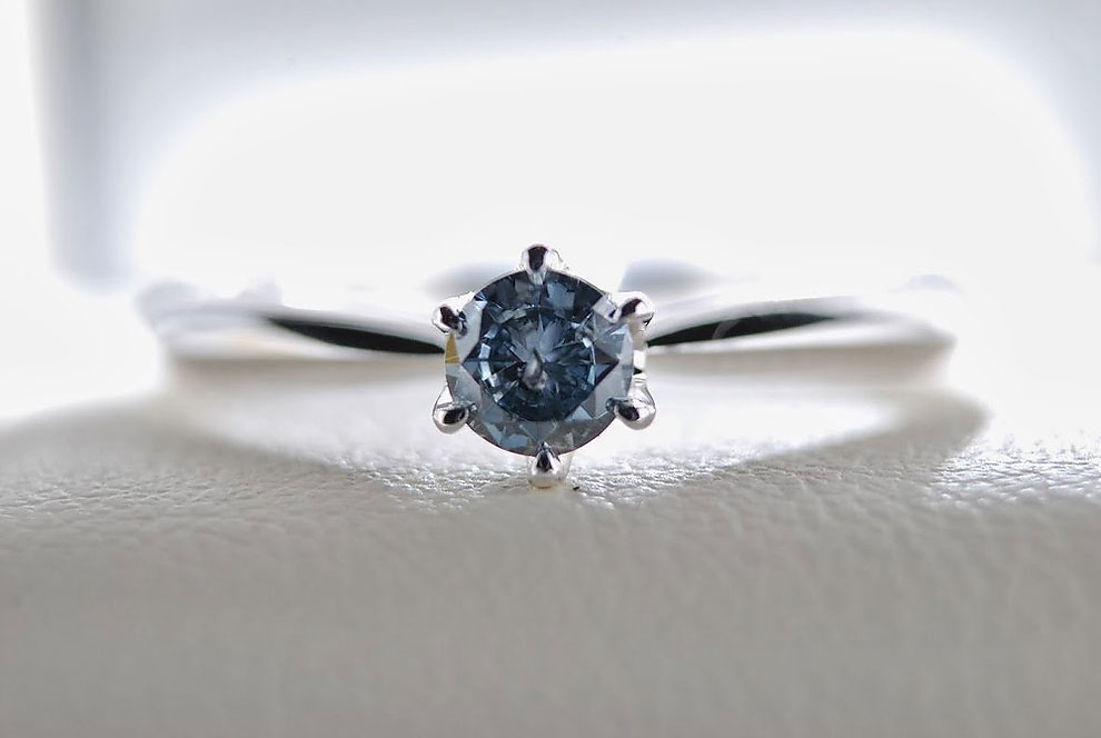 1269 Swiss Company Turns People's Ashes into Diamonds