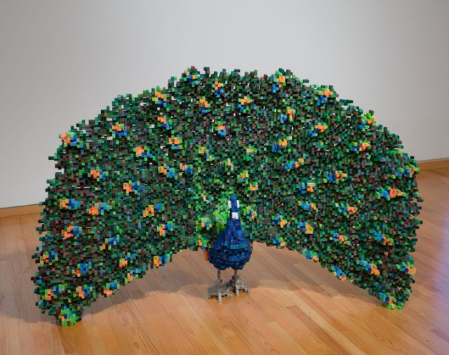 1356265884 1 640x506 Pixelated Sculpture by Shawn Smith
