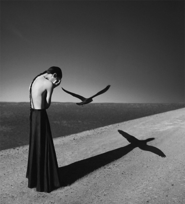 1360059371 1 640x707 Artistic Self Portraits by Noell Oszvald