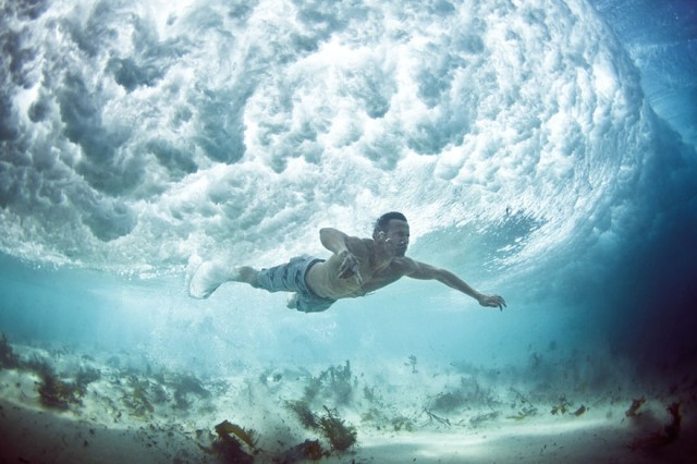 1363000186 0 640x426 Amazing Underwater Photography by Mark Tipple