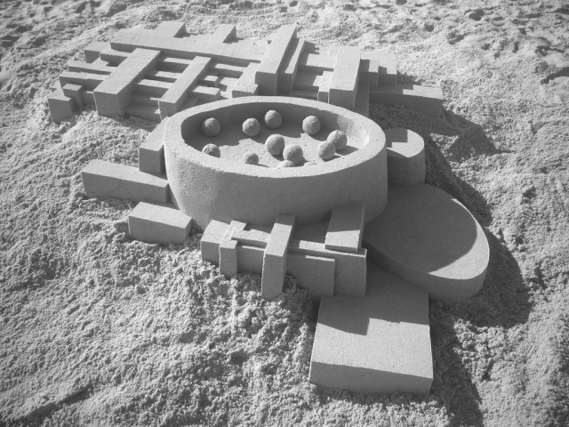 1364209394 0c 640x480 Geometrical Sand Sculpture by Calvin Seibert
