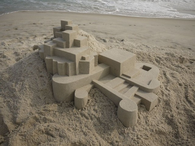 1364209463 0f 640x480 Geometrical Sand Sculpture by Calvin Seibert