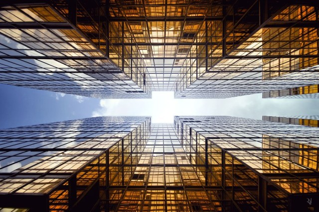 1367580045 1 640x425 Vertical Horizon of Hong Kong by Romain Jacquet Lagreze