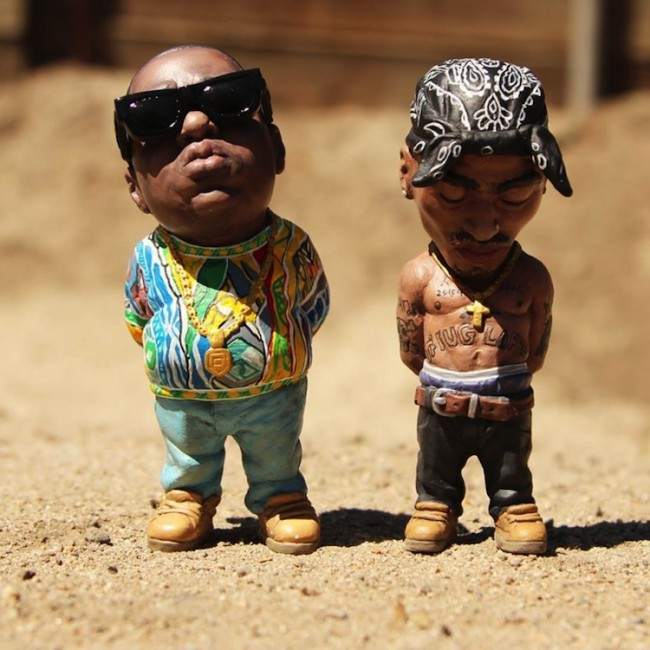 Custom Hand Painted Sculptures of Tupac and Biggie Smalls by Plastic Cell 2014 01 650x650 Custom Hand Painted Sculptures of Tupac and Biggie Smalls by Plastic Cell