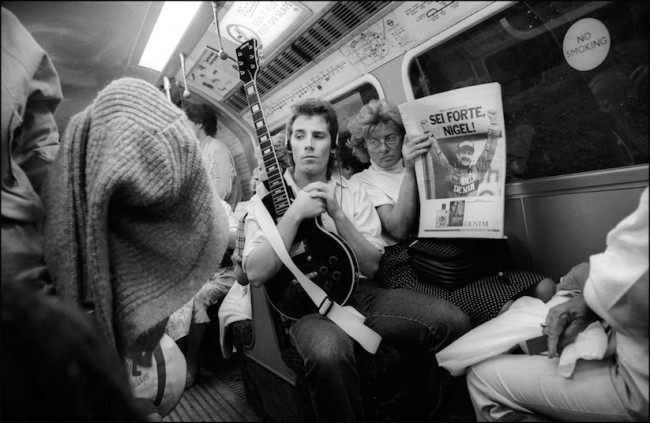Down the Tube Travellers on the London Underground 1987 1990 2014 01 650x423 Down the Tube   Travellers on the London Underground 1987 1990