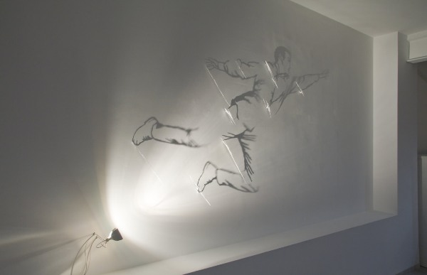 Fabrizio Cornelli Flying Felix 2011 30 Examples of Shadow Art