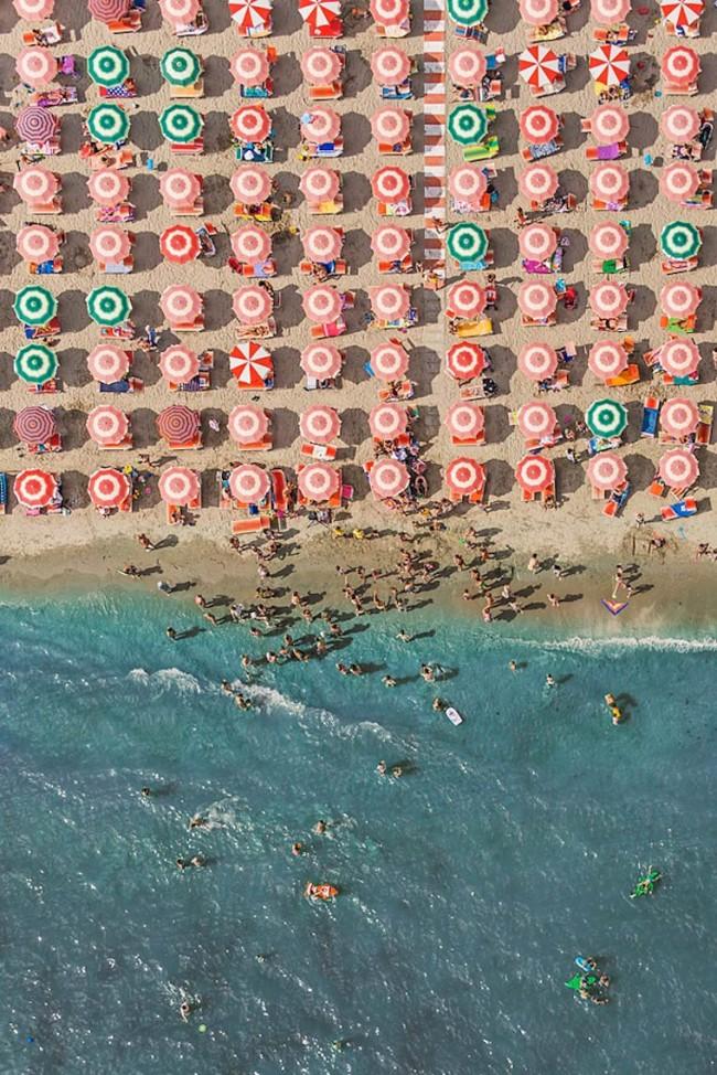 bernhard lang aerial beaches everythingwithatwit 02 650x974 Aerial Beaches by Bernhard Lang