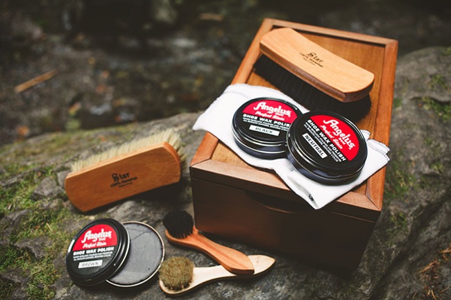 ultimate shoe shine kit large Ultimate Shoeshine Kit