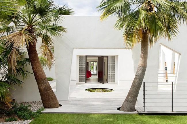 001 villa c1 frederique pyra 650x433 Villa C1 by Frederique Pyra