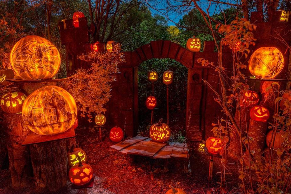 112 Amazing Pumpkin Carvings