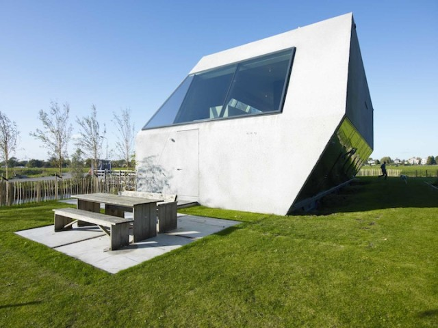 1369218897 1 640x480 The SODAE House on an Island in Netherlands