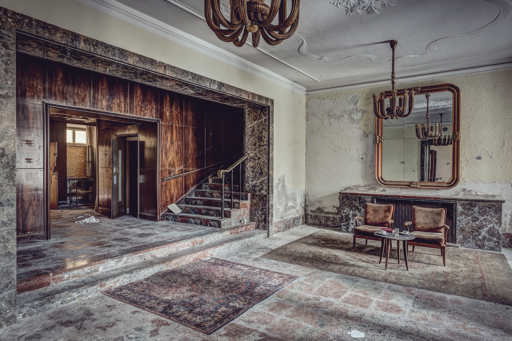 World's Grandest Abandoned Hotels