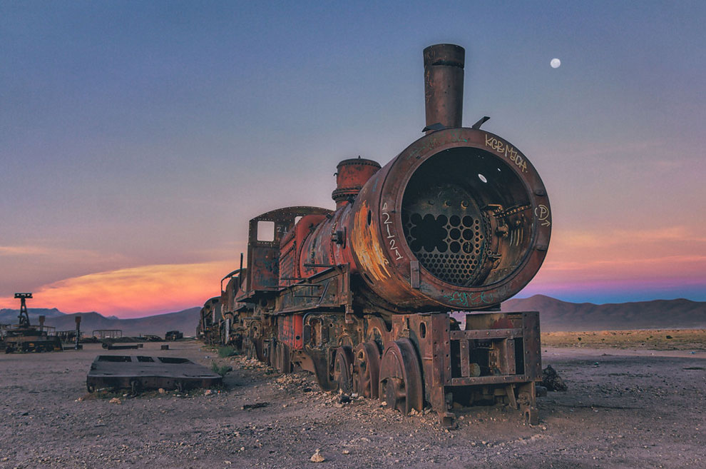 Spectacular Photos Of The Lost Train Graveyard In Bolivia