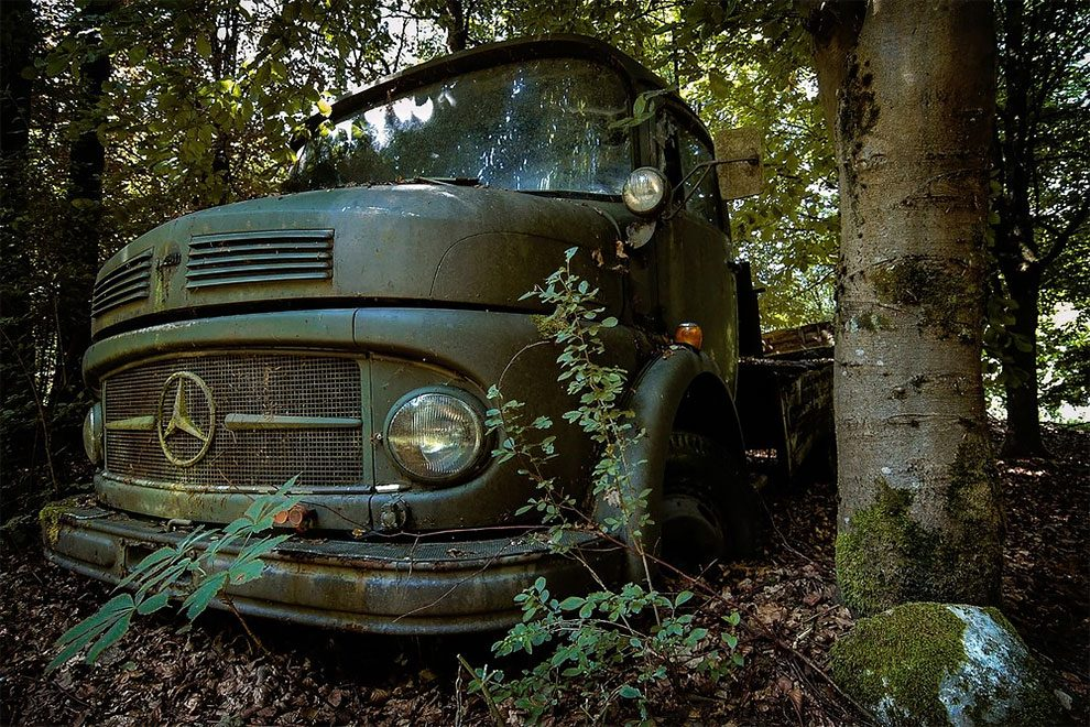 Photos Of The Europe\'s Most Spectacular Car Graveyards As Discovered ...