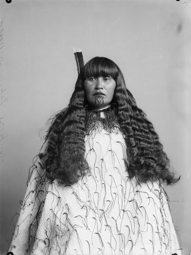 Maori Clothing: Incredible Portraits Of Maori Women With Their Tradition
