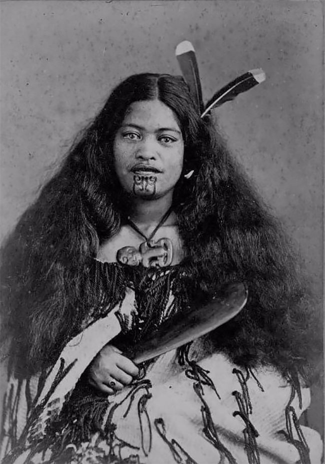 Incredible Portraits Of Maori Women With Their Tradition