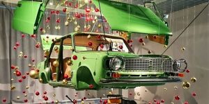 Russian Museum Has Created Christmas Tree From The Dissected LADA
