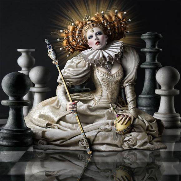 queen2 The Regal Twelve