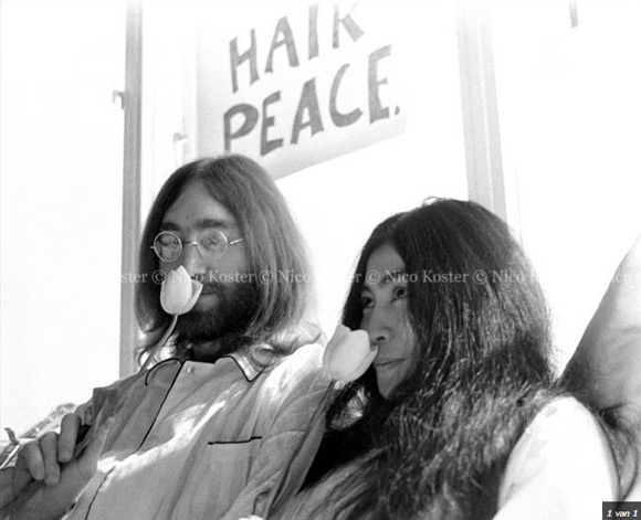dytnicokoster1 Lost and found John Lennon and Yoko Ono photographs