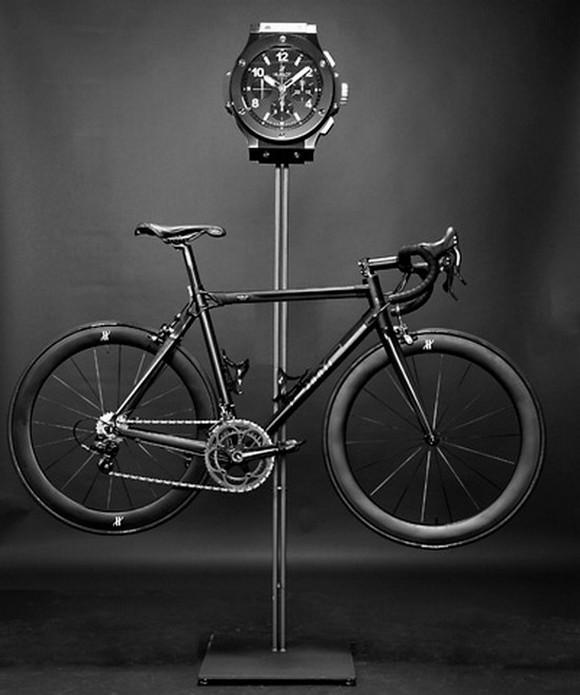 """hublotbmc02c Hublot """"All Black"""" Bike x BMC"""